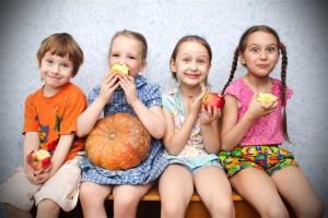 lapse puuviljadega